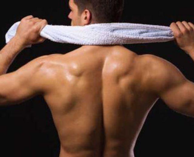 5 esercizi per avere una schiena sexy